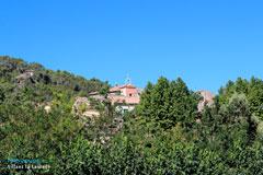 Sillans la Cascade, le village