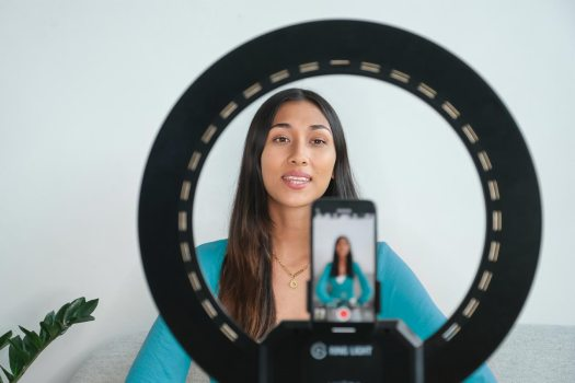 Elgato Ring Light: a light for studio and streaming