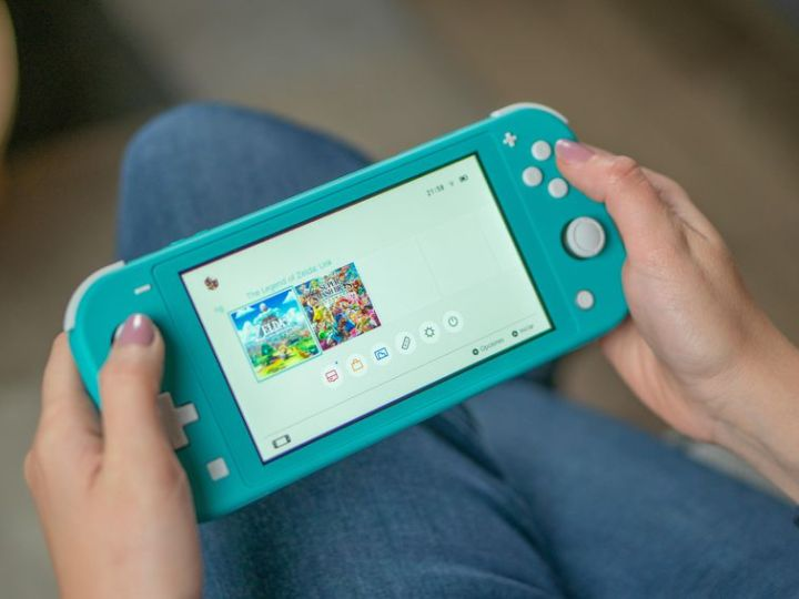 Nintendo Switch Lite is in stock at Best Buy and GameStop: Latest inventory update