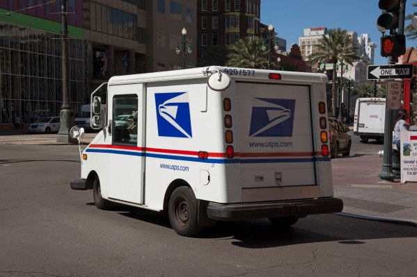USPS reportedly reassessing last-mile delivery deals with companies like Amazon – TechCrunch