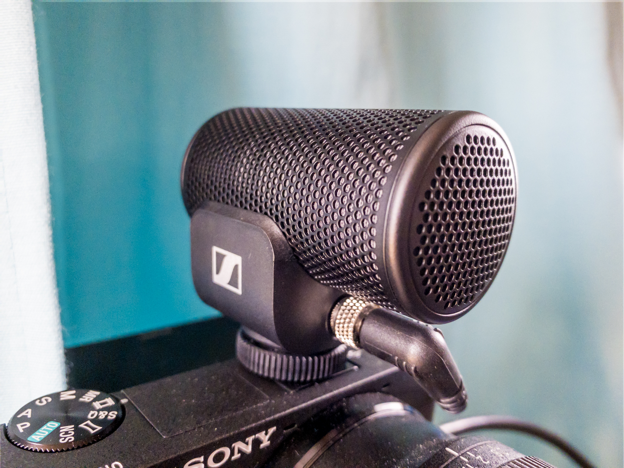 Sennheiser's MKE 200 on-camera microphone is the perfect home videoconferencing upgrade – TechCrunch