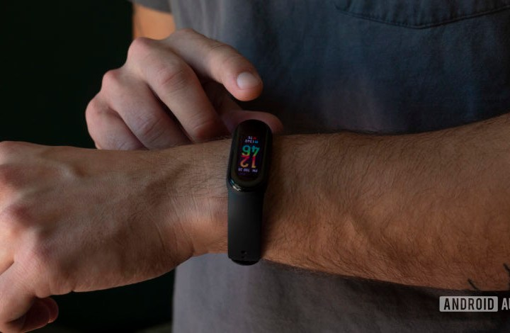 Xiaomi Mi Band 5 review: Taking the fight to Fitbit