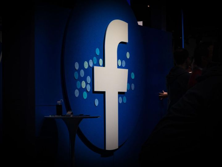 Facebook removes fake accounts targeting the US ahead of elections