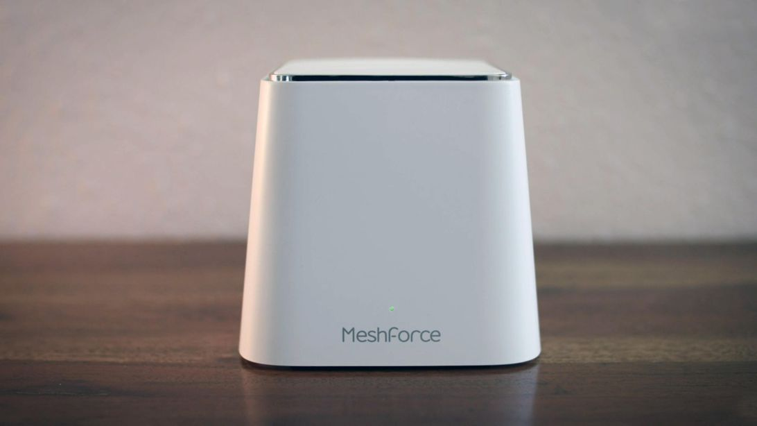 This dual-band mesh Wi-Fi router delivers gigabit Ethernet from each node, now 26% off