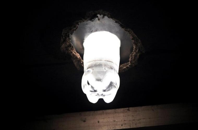 Un litro de luz para comunidades rurales  Proyecto FSE