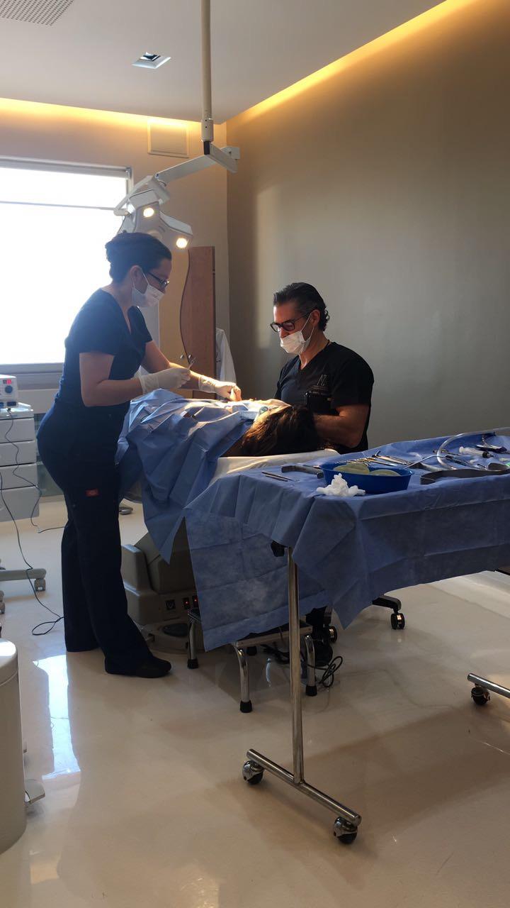 Laura G operacion