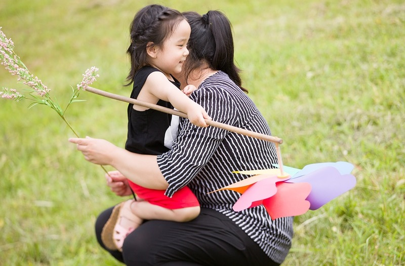 criar niños optimistas