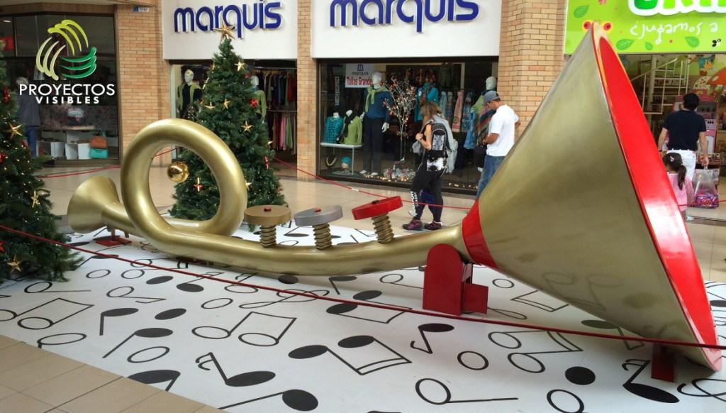 Trompeta navideña gran escala