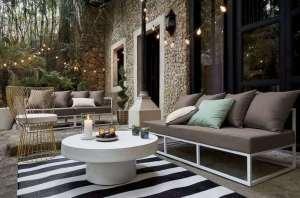 lampu gantung minimalis pada model teras rumah sederhana