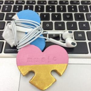 earphone_cord_holder_clay_large