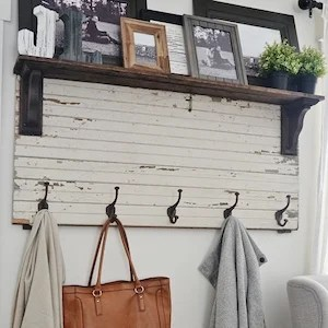 The look of your home is largely influenced by the color of wall paint, and the right type of windows & doors to go with it. 150 Cheap and Easy DIY Farmhouse Style Home Decor Ideas ...