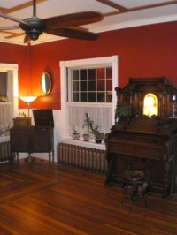 A St. Albans Victorian: the Living Room