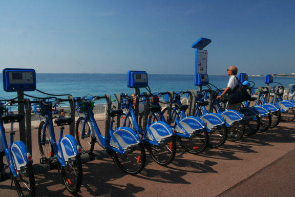 [COMMUNIQUE DE PRESSE] Extension des Vélos Bleus : la Métropole fait fausse route