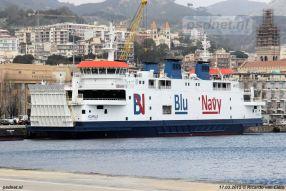 De Acciarello (Prins Johan Friso) ligt in Messina om klaar te worden gemaakt voor dienst op Elba, onder meer de salon werd vernieuwd.