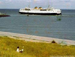 Kleurenfoto Breskens met veerboot