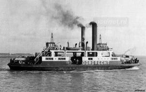 De Dordrecht net na indienstelling bij de PSD, de veerboot was een belangrijke schakel op Kruiningen-Perkpolder net na de oorlog.