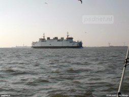 Op 15 maart 2003 zet de Prins Johan Friso koers naar de Sloehaven voor onderhoud.