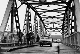 Hoedekenskerke met brug
