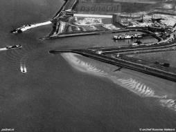 Luchtfoto Perkpolder met zijlader
