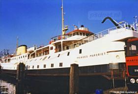 In 1994 en 1995 was de Margriet de enige reserveboot van de PSD. In de jaren daarvoor (sinds 1986) was de Margriet beurtelings met zusterschip Prinses Beatrix de reserveboot.