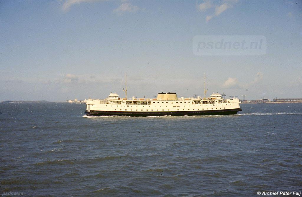 De enkeldeksveerboot Prinses Margriet van de autoveerdienst tussen Vlissingen en Breskens