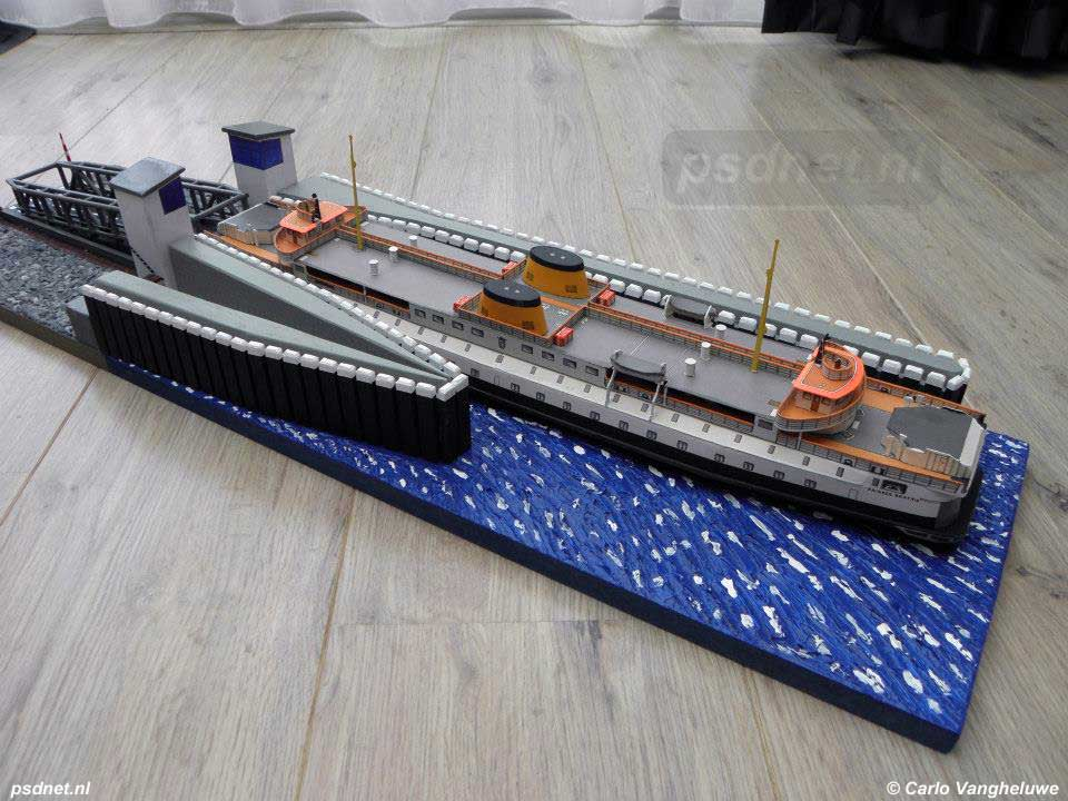 Scheepsmodel (bouwplaat) Prinses Beatrix