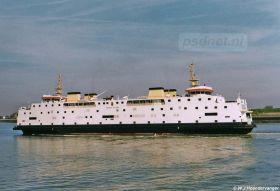 De Juliana in de Buitenhaven van Vlissingen. De foto is van na 1997, dus de Juliana komt invallen. Reserveboot Prinses Christina (1968) vaart dan op Kruiningen-Perkpolder.