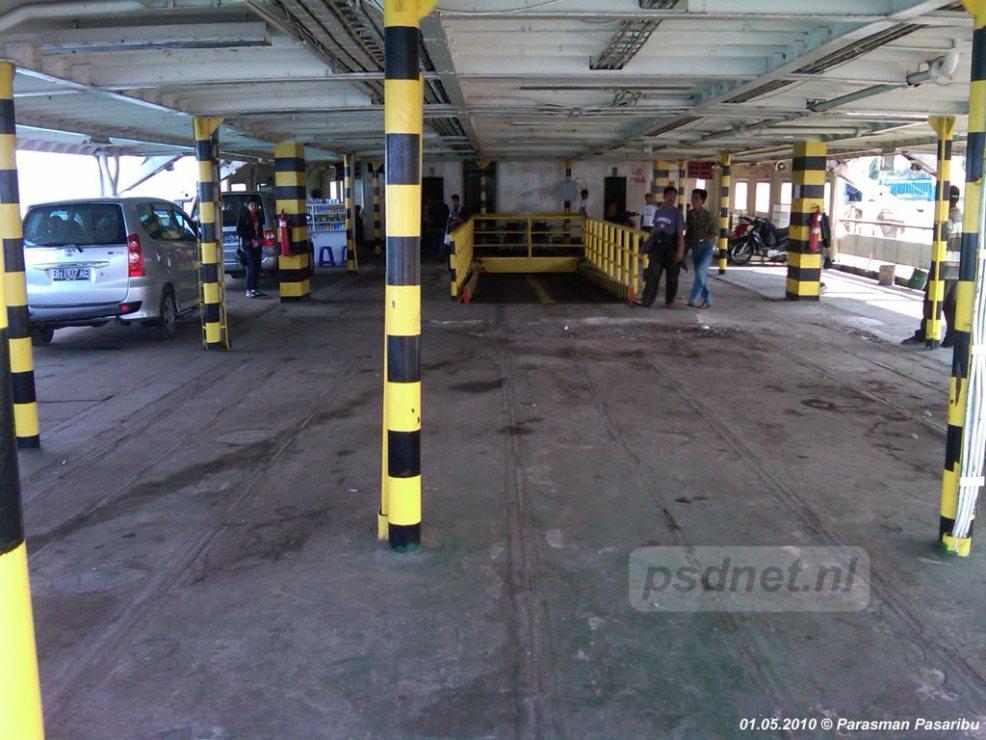 SMS Kartanegara - Bovenste autodek (voormalige salon)