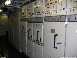 Bedieningspanelen voor de hoofdgeneratoren van de Zeeuwse dubbeldekker Prins Johan Friso.