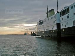 De veerboten van de dienst Kruiningen-Perkpolder: de Prins Willem-Alexander (voorgrond) en de Prinses Juliana (achtergrond).