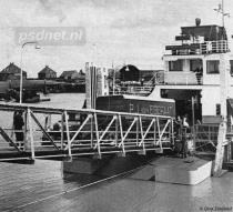 Vrachtwagen laden in Hansweert