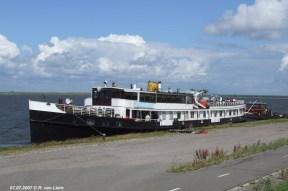 Zonder mast aan het Ketelmeer