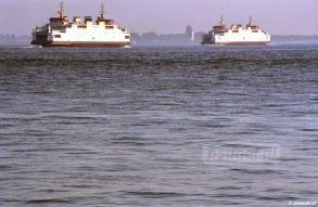 De laatste PSD-jaren was dit een vertrouwd beeld tussen Vlissingen-Breskens: de zusterschepen Beatrix en Friso.