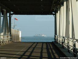 Aan het eind van 15 maart 2003 vertrekt de Prins Johan Friso (1997) naar Scheldepoort voor onderhoud. Het voetveer Vlissingen-Breskens werd de eerste weken daarom uitgevoerd met de Prinses Juliana (1986) en de Koningin Beatrix (1993), beide onder vlag van BBA Fast Ferries.