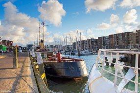 Ook zusterschip Ooster-Schelde is nog behouden en ligt tegenwoordig in Zwolle.