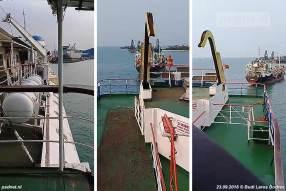 De voormalige Zeeuwse veerboot Prinses Margriet in de sloophaven van Bojonegara, Indonesië.