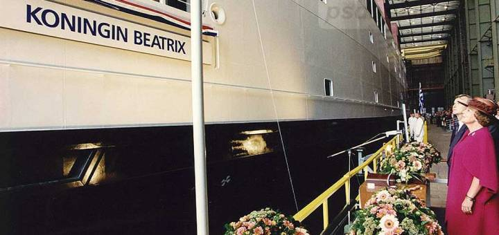 Doop-van-de-veerboot-Koningin-Beatrix
