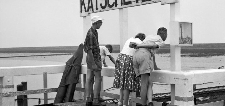 Wachten-op-de-boot-in-Katscheveer