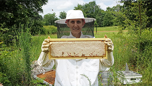 Rachel continues bee keeping after diagnosis with and treatement for mucinous adenocarcinoma