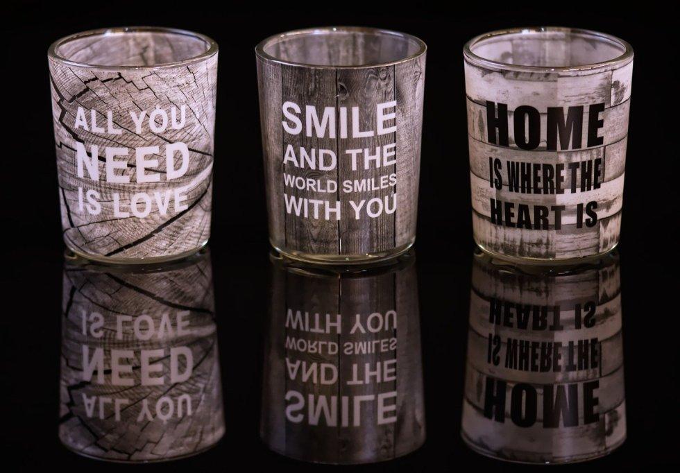 Vasos y tazas con frases motivacionales