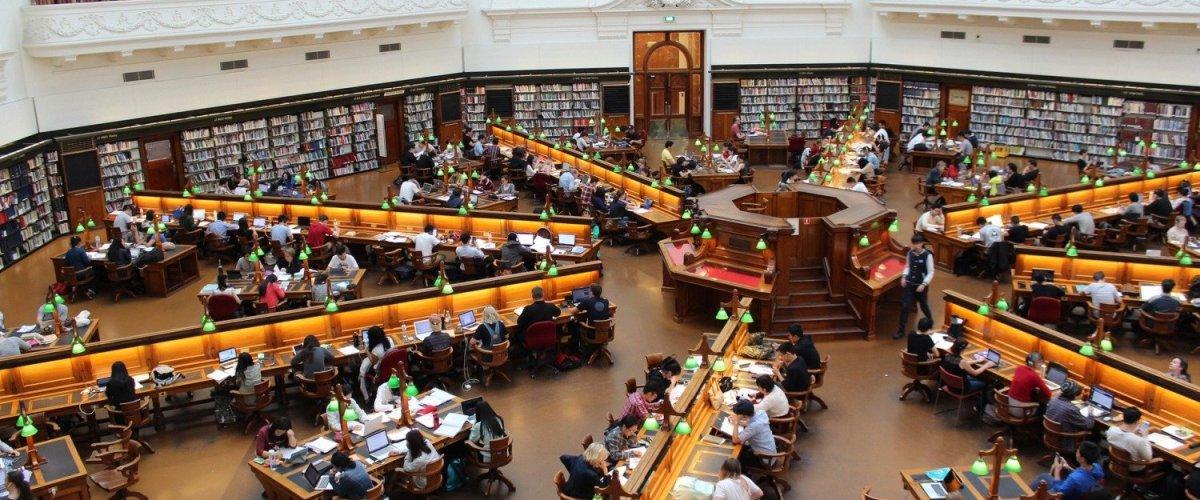 Millora del rendiment acadèmic per estudiants universitaris