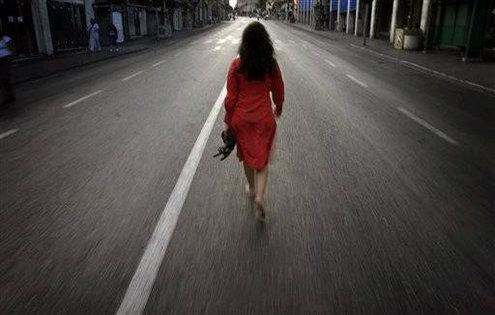 caminhando-sozinha