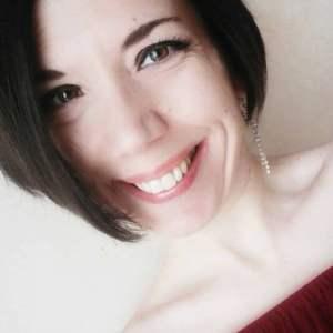 Read more about the article [Ep. 014] La rinascita dopo la violenza. Un messaggio di Irene Losito