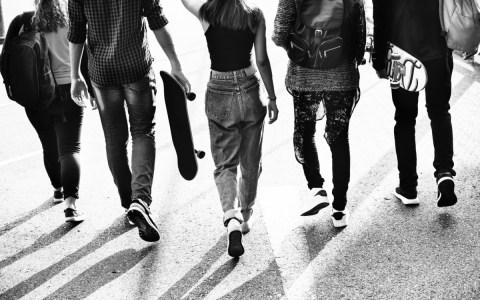 PSIHICKE TEŠKOĆE U ADOLESCENCIJI