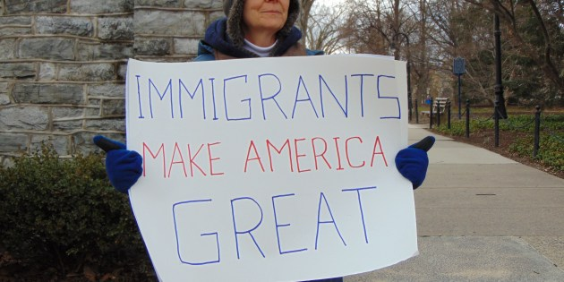 Community Members Hold Town Hall With Local Representatives on Immigration