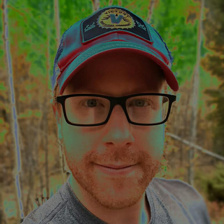 Psychedelic podcaster and breathwork facilitator Joe Moore