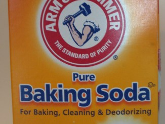 Baking Soda can serve many uses in both the kitchen and in the laboratory.