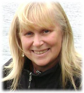 Joanne Eve Fraelic