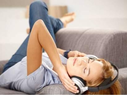 Počúvanie hudby tlmí boleť duše i tela