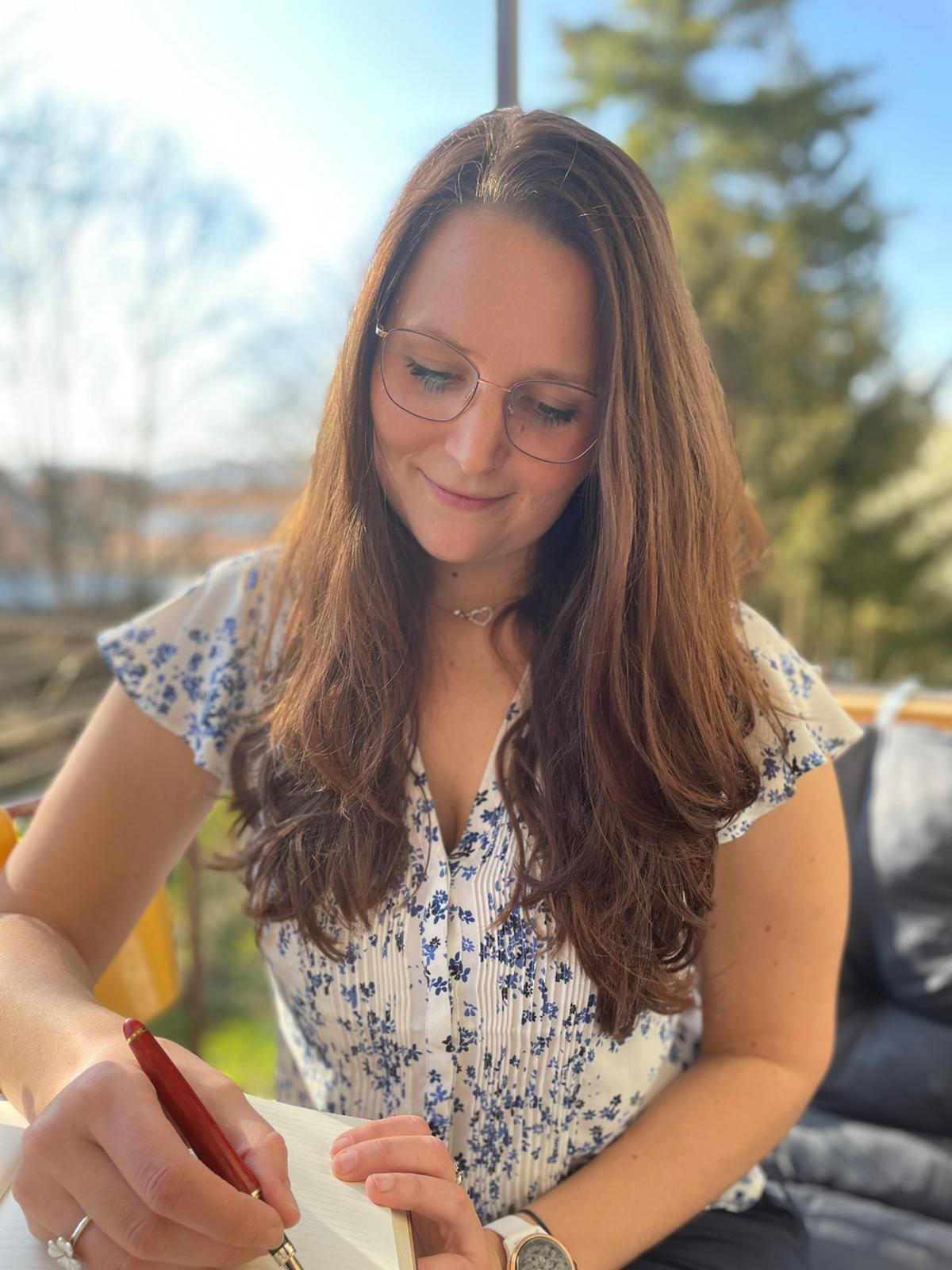 Sigrid Deininger - Schreibend